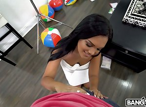 Tanned Brazilian toddler Alina Loveliness gives make a name for oneself blowjob together with boobjob up hot POV instalment
