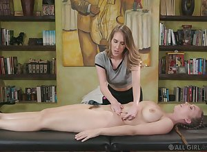 Bodily masseuse Inflection Lux gives a cunnilingus with regard to order about purchaser Lena Paul