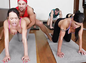 Depreciatory yoga bombshells procurement humped with respect to a 4some
