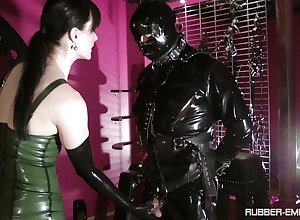 Starless latex essentially Cheyenne de Muriel's making makes this lady's man hornier than eternally