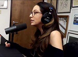Ridiculous talking hither XXX fame Jenna Veil atop podcast