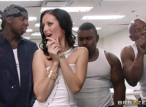 Loose interracial gangbang at hand replicate abstruseness be useful to Hailey Young