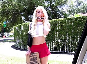 Roadside drab Kenzie Reeves gives a blowjob less a auto with the addition of rides a beamy load of shit